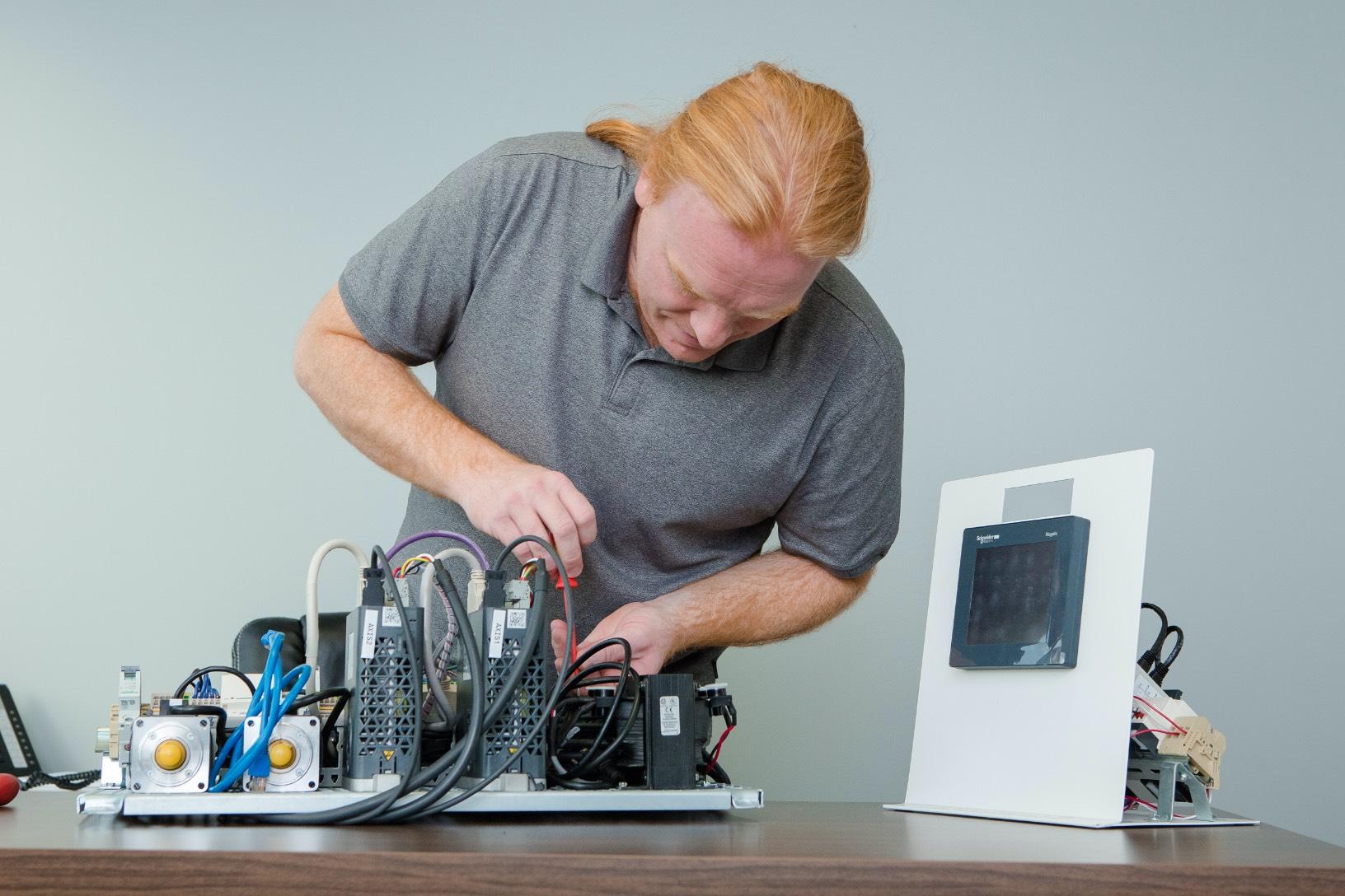 Service de photographie spécialisée | Concepteur électrique